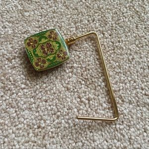 Purse genie holder/hook for table